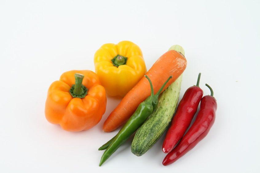 Paprika Karotte Gurke Pepperoni