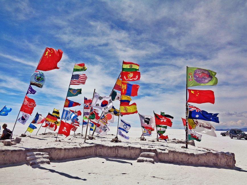Drapeaux plusieurs pays