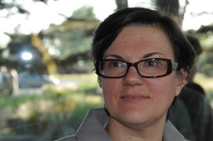 Dolmetscherin und Übersetzerin Bénédicte Deweerdt verrät, wie sie zu ihren ersten Aufträgen kam