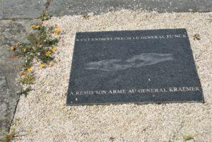 Gedenkplatte in Bouvron