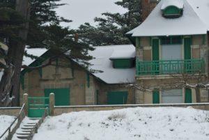 Schneebedeckte Villa am Strand von Pornichet